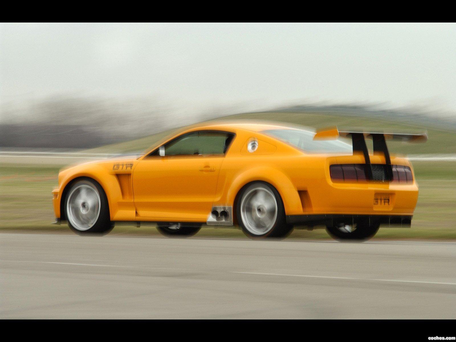 Foto 1 de Ford GT-R Concept 2004