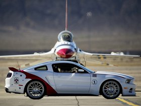 Ver foto 3 de Ford Mustang GT U.S. Air Force Thunderbirds Edition 2013