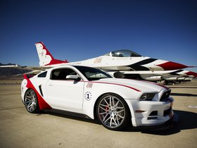 Fotos de Ford Mustang GT U.S. Air Force Thunderbirds Edition 2013