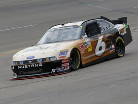 Ver foto 9 de Ford Mustang NASCAR Nationwide Series Race Car 2013
