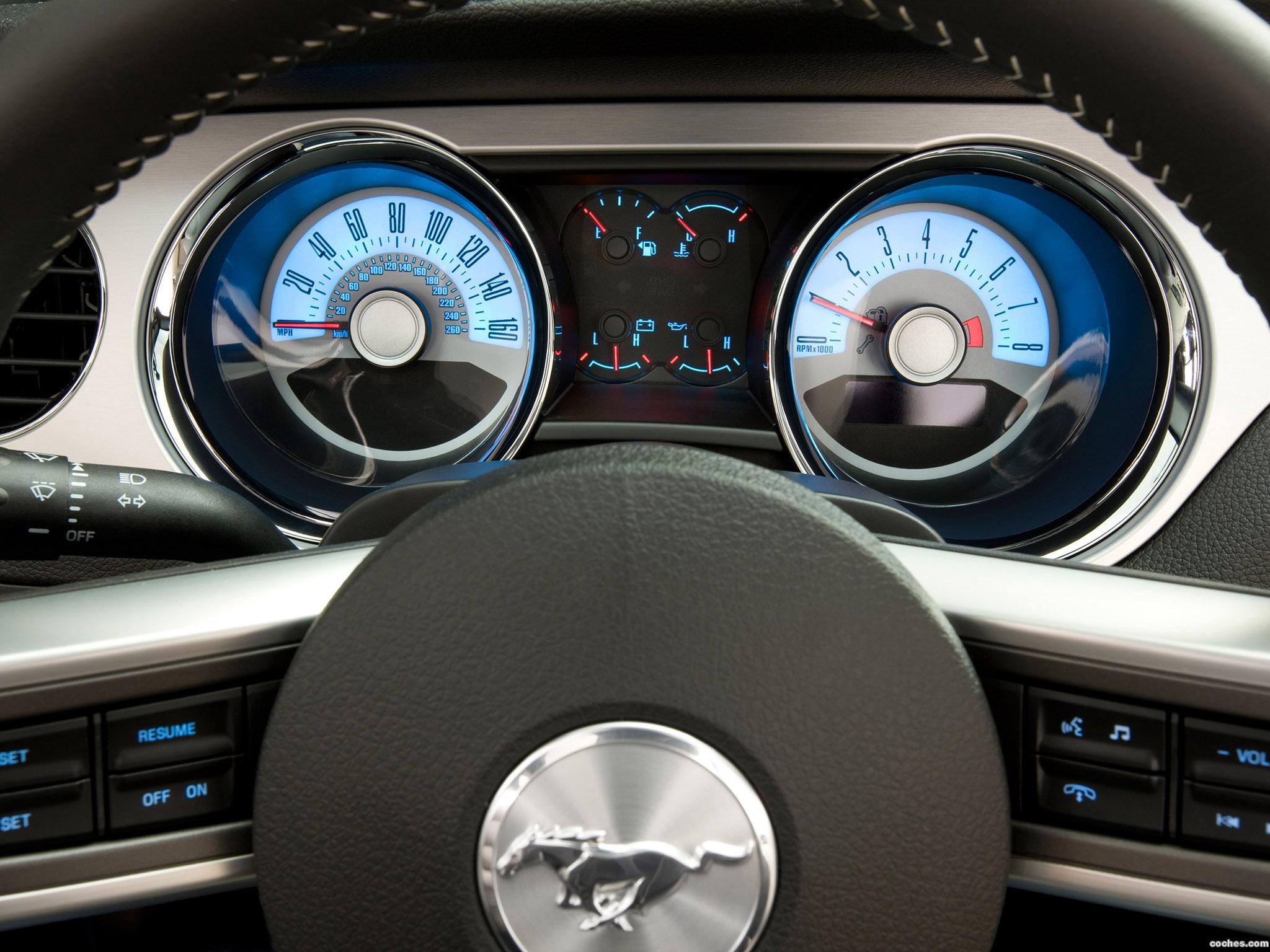 Foto 3 de Ford Mustang V-6 2010