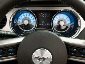 Ver foto 4 de Ford Mustang V-6 2010