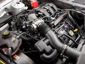 Ver foto 3 de Ford Mustang V-6 2010