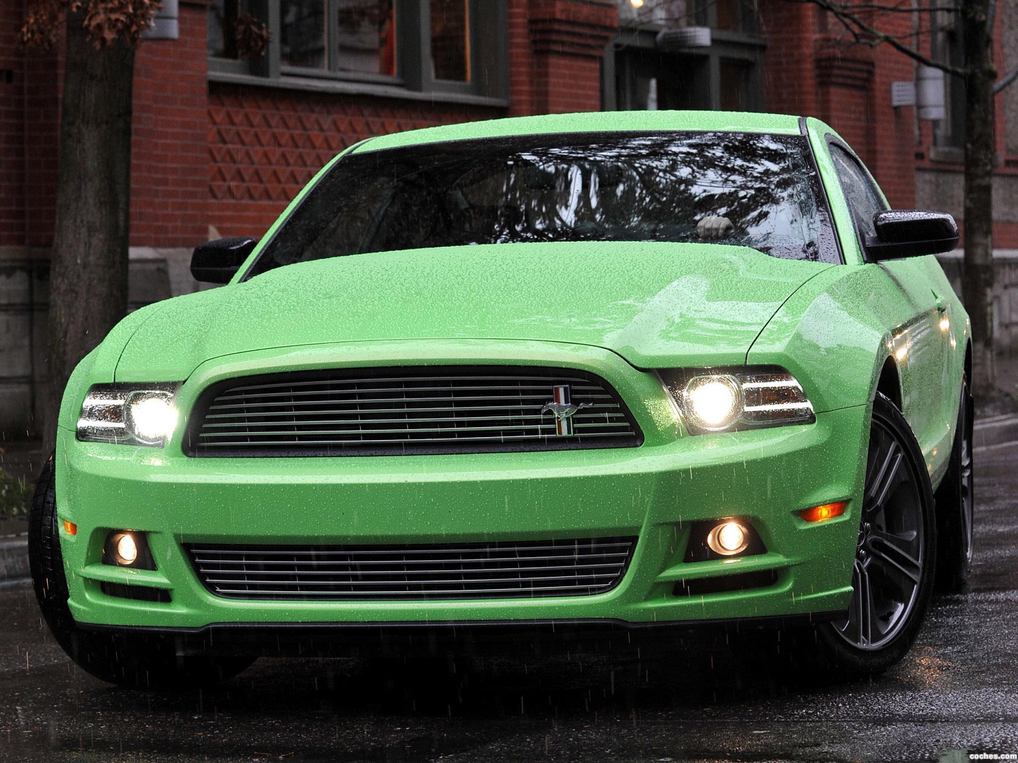 Foto 0 de Ford Mustang V6 2011