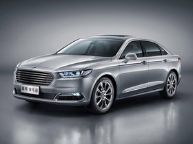 Fotos de Ford Taurus China 2015