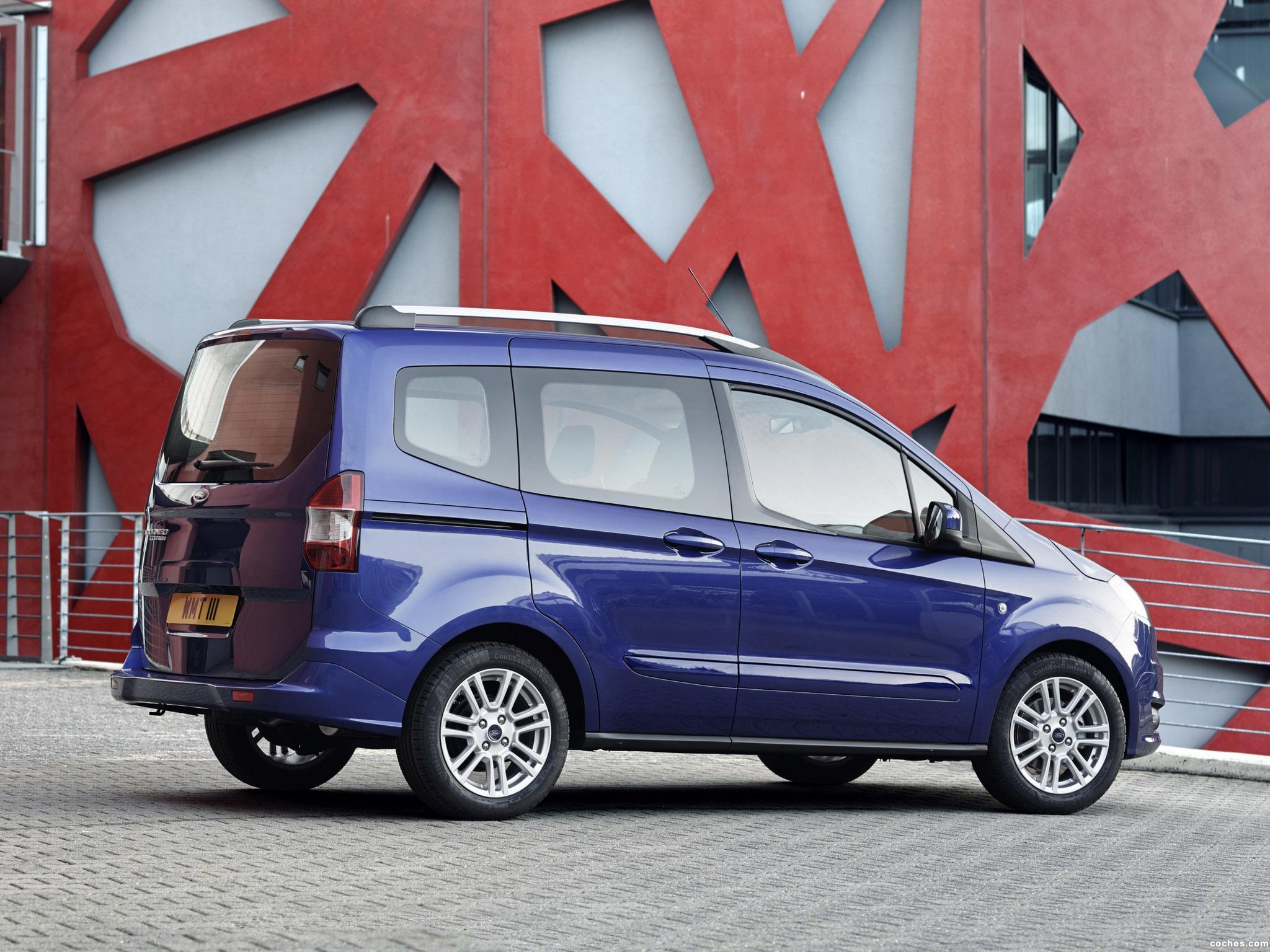 Foto 14 de Ford Tourneo Courier Titanium 2013