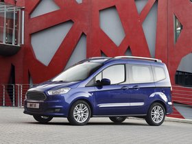 Ver foto 17 de Ford Tourneo Courier 2013