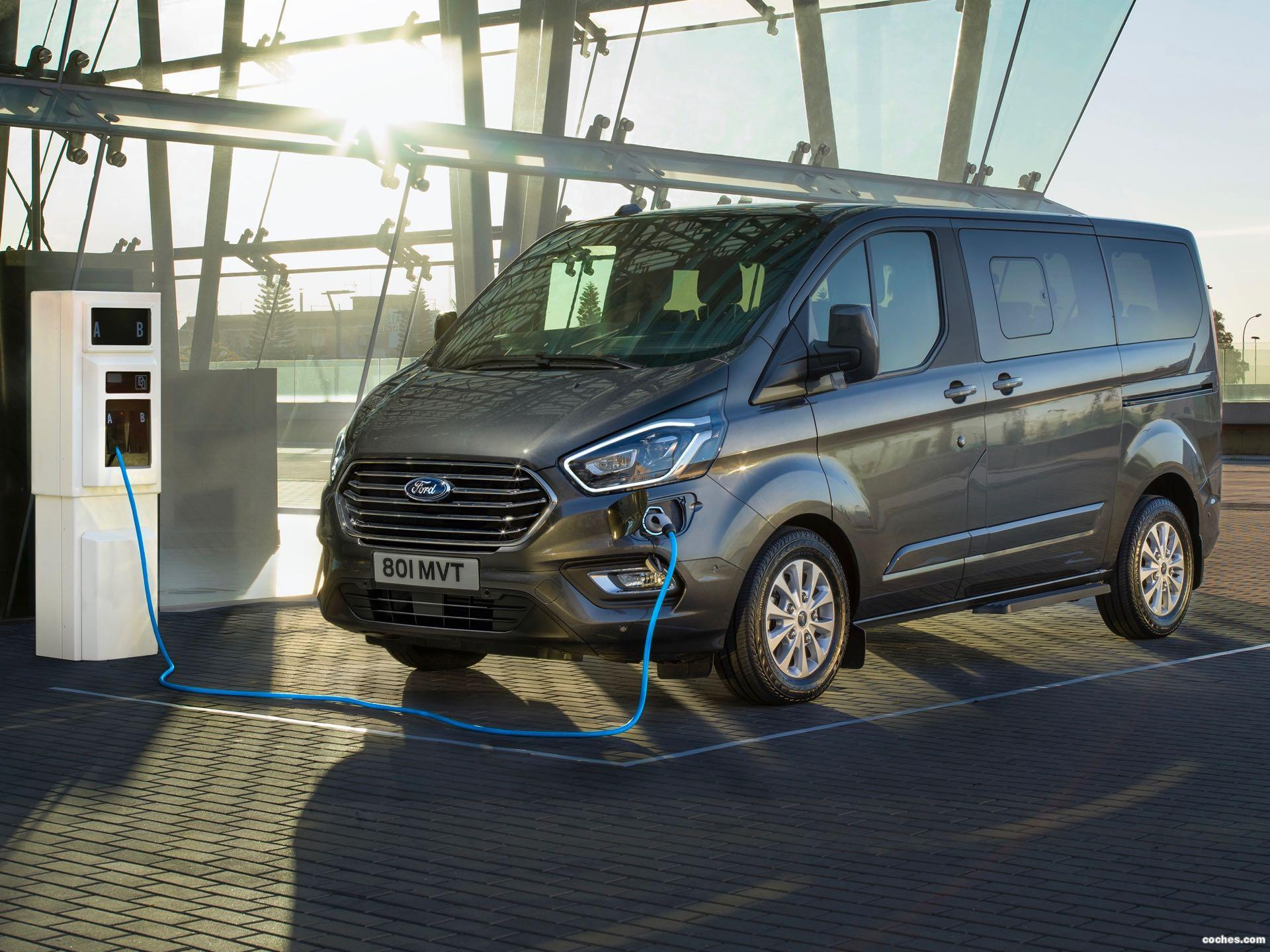 Foto 0 de Ford Tourneo Custom PHEV 2020