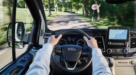 Ver foto 13 de Ford Tourneo Custom Titanium 2017