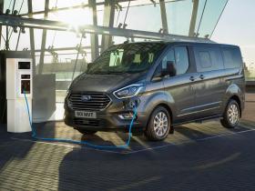 Ford Transit Custom Tourneo Custom 1.0 Ecoboost Phev Titanium 125