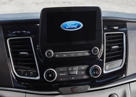 Ver foto 3 de Ford Tourneo Custom Titanium 2017