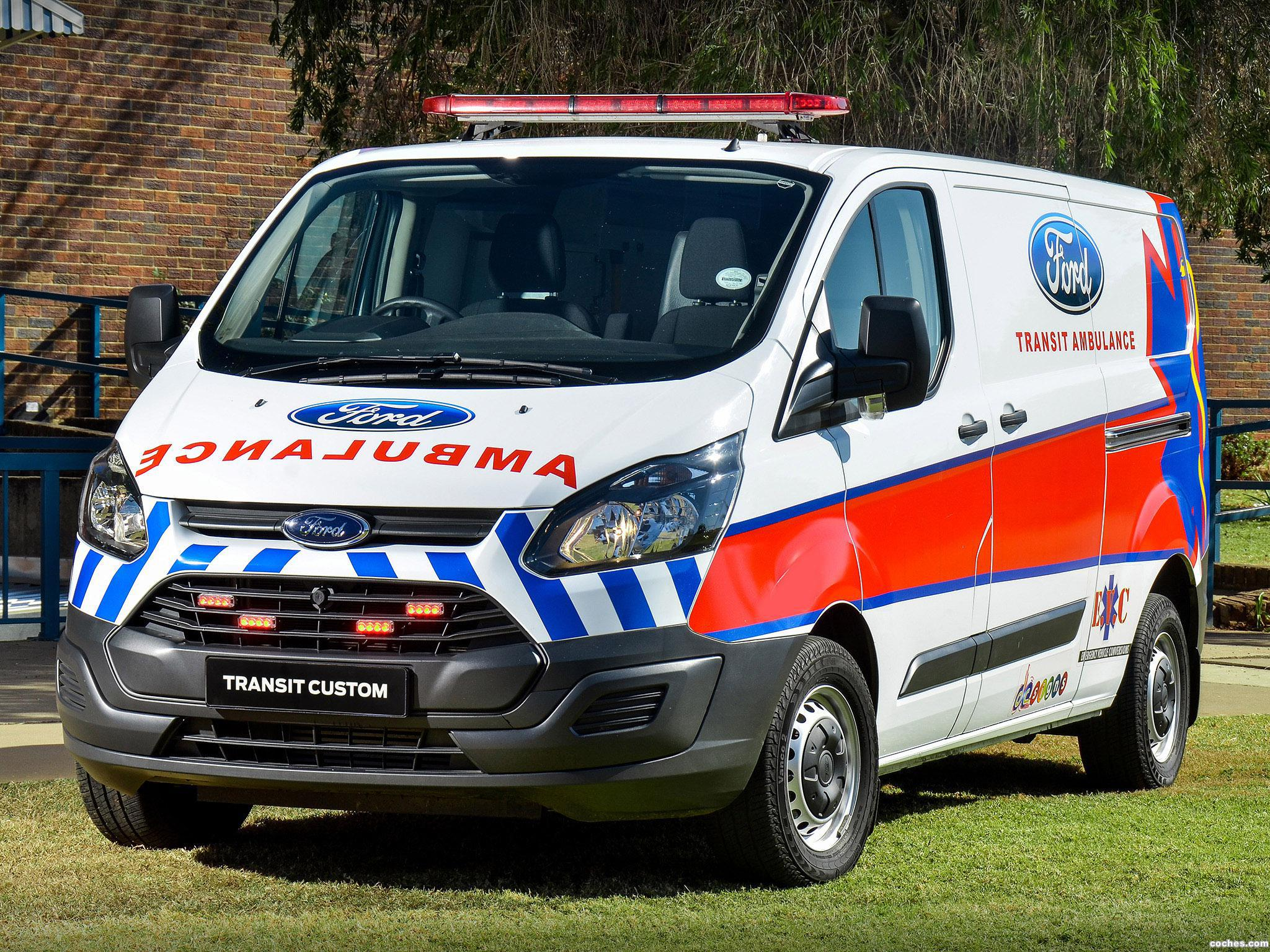Foto 0 de Ford Transit Custom Ambulance 2014