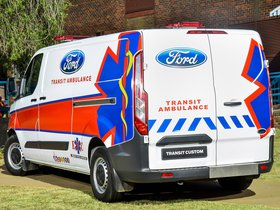 Ver foto 3 de Ford Transit Custom Ambulance 2014