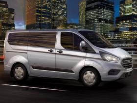 Fotos de Ford Transit Custom Combi 2018