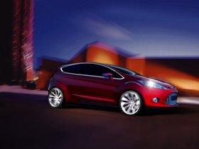 Ver foto 2 de Ford Verve Concept 2007