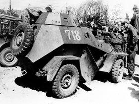 Ver foto 3 de GAZ BA 64B 1943