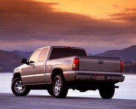 Ver foto 3 de GMC Sierra 2004