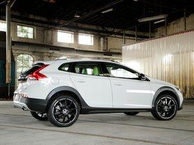 Ver foto 2 de Volvo Heico Sportiv V40 Cross Country 2014