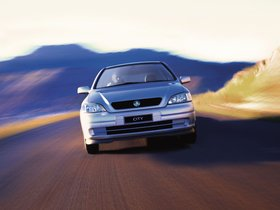 Ver foto 6 de Holden Astra 1999