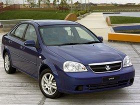 Ver foto 3 de Holden Viva Sedan 2005