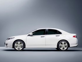 Ver foto 5 de Honda Accord Diesel Type-S Sedan 2009