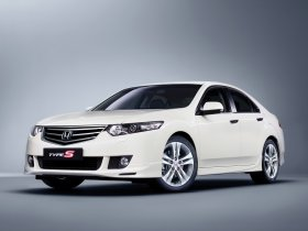 Fotos de Honda Accord Diesel Type-S Sedan 2009