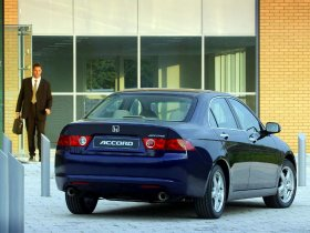 Ver foto 15 de Honda Accord Europe 2003