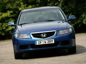 Ver foto 10 de Honda Accord Europe 2003