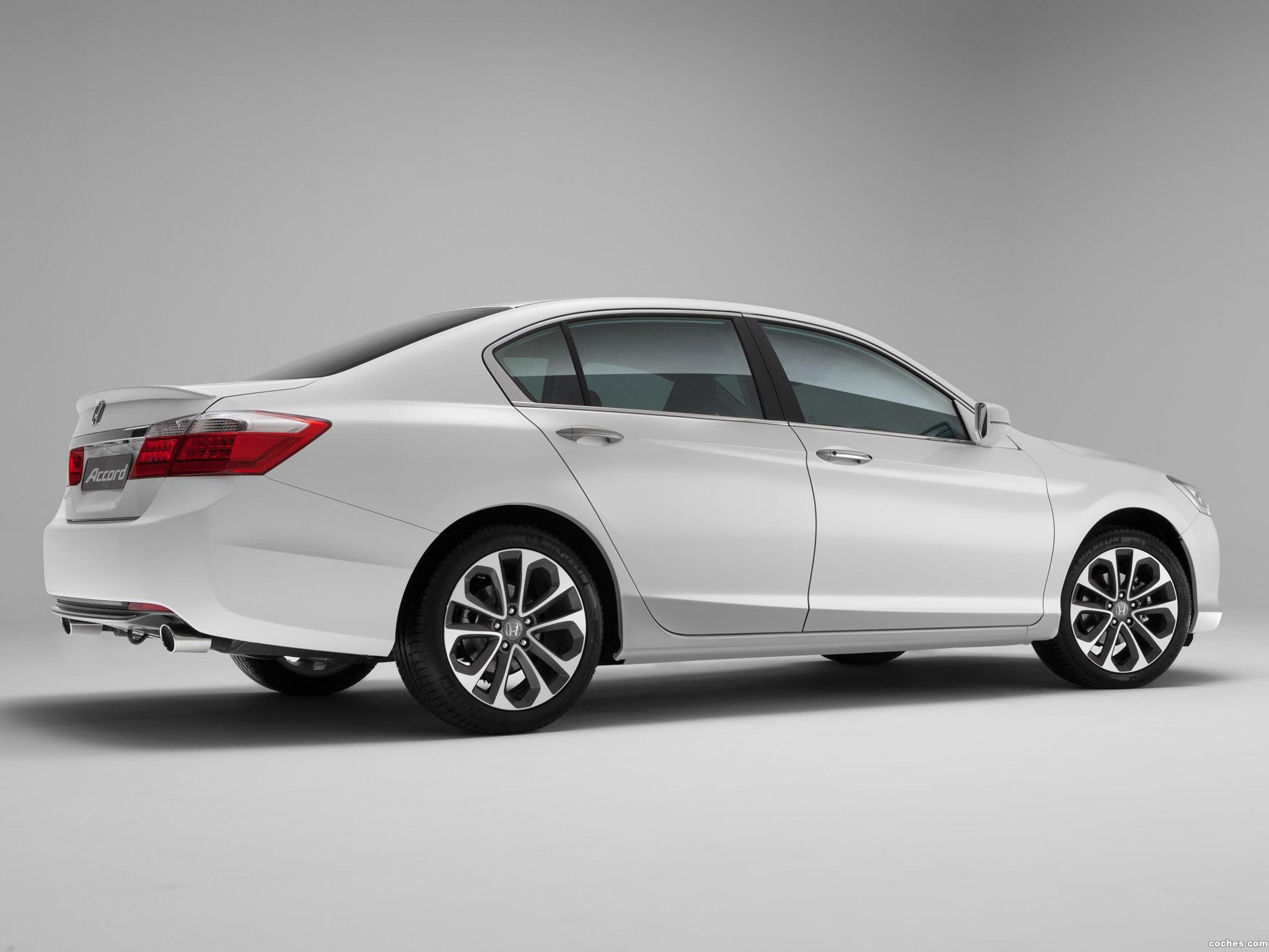 Foto 2 de Honda Accord Sedan 2013