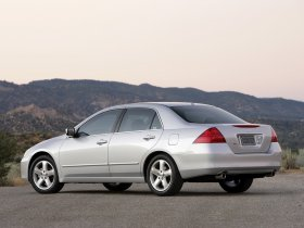 Ver foto 4 de Honda Accord Sedan USA 2007