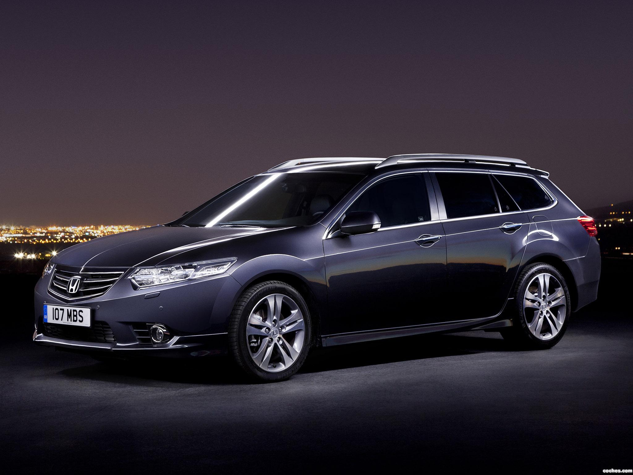 Foto 0 de Honda Accord Tourer UK 2011