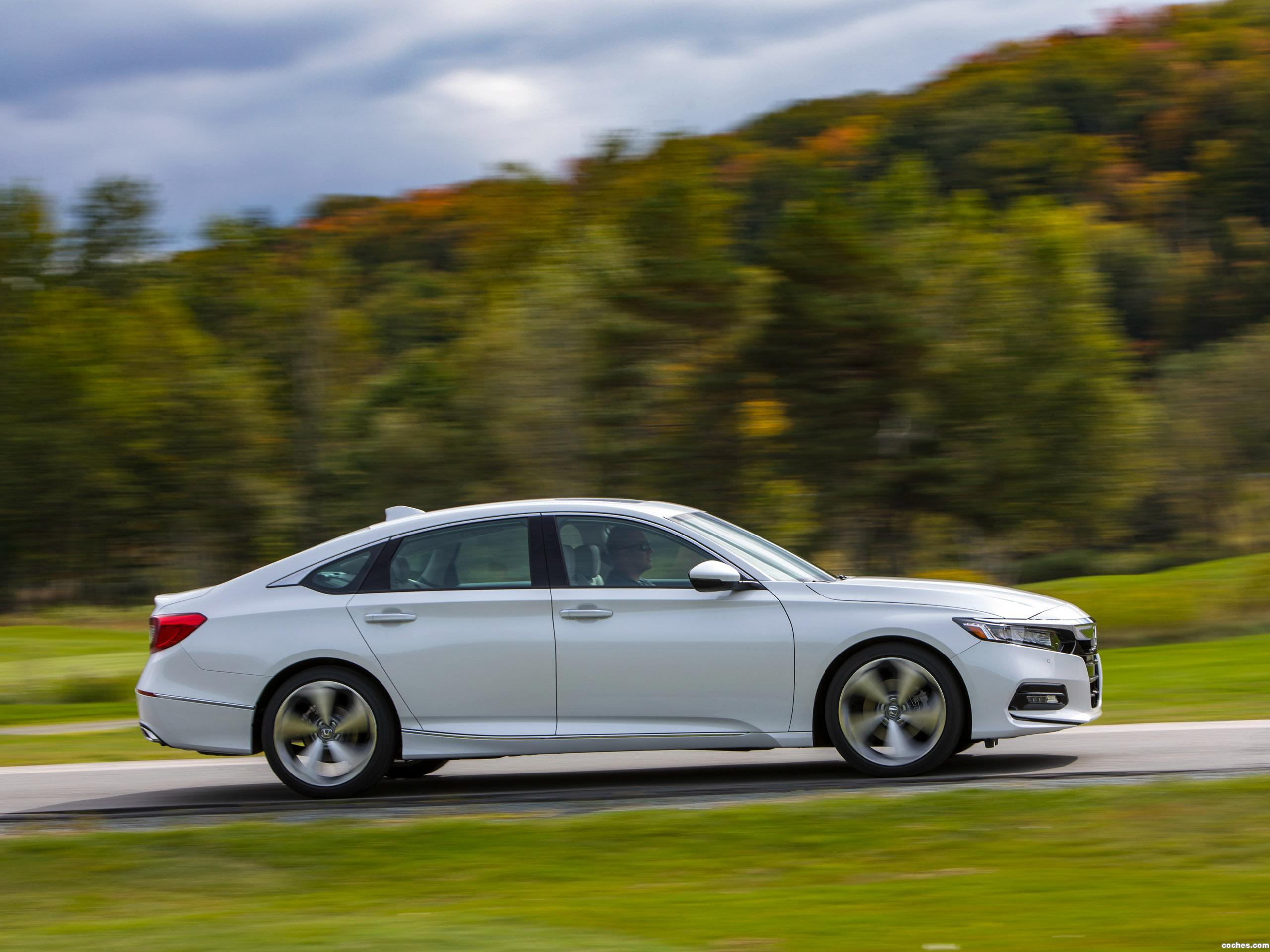 Foto 21 de Honda Accord Touring 1.5T USA 2017