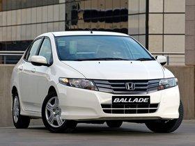 Ver foto 1 de Honda Ballade 2011