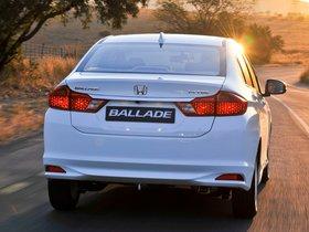 Ver foto 17 de Honda Ballade 2014