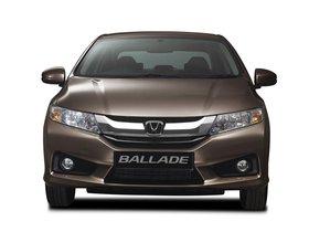 Ver foto 14 de Honda Ballade 2014