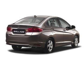 Ver foto 11 de Honda Ballade 2014