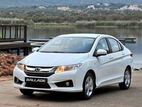 Ver foto 5 de Honda Ballade 2014