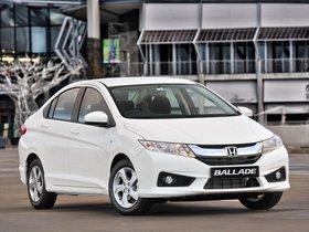 Ver foto 23 de Honda Ballade 2014