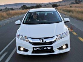 Ver foto 21 de Honda Ballade 2014
