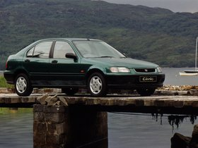 Ver foto 2 de Honda Civic Fastback UK 1994