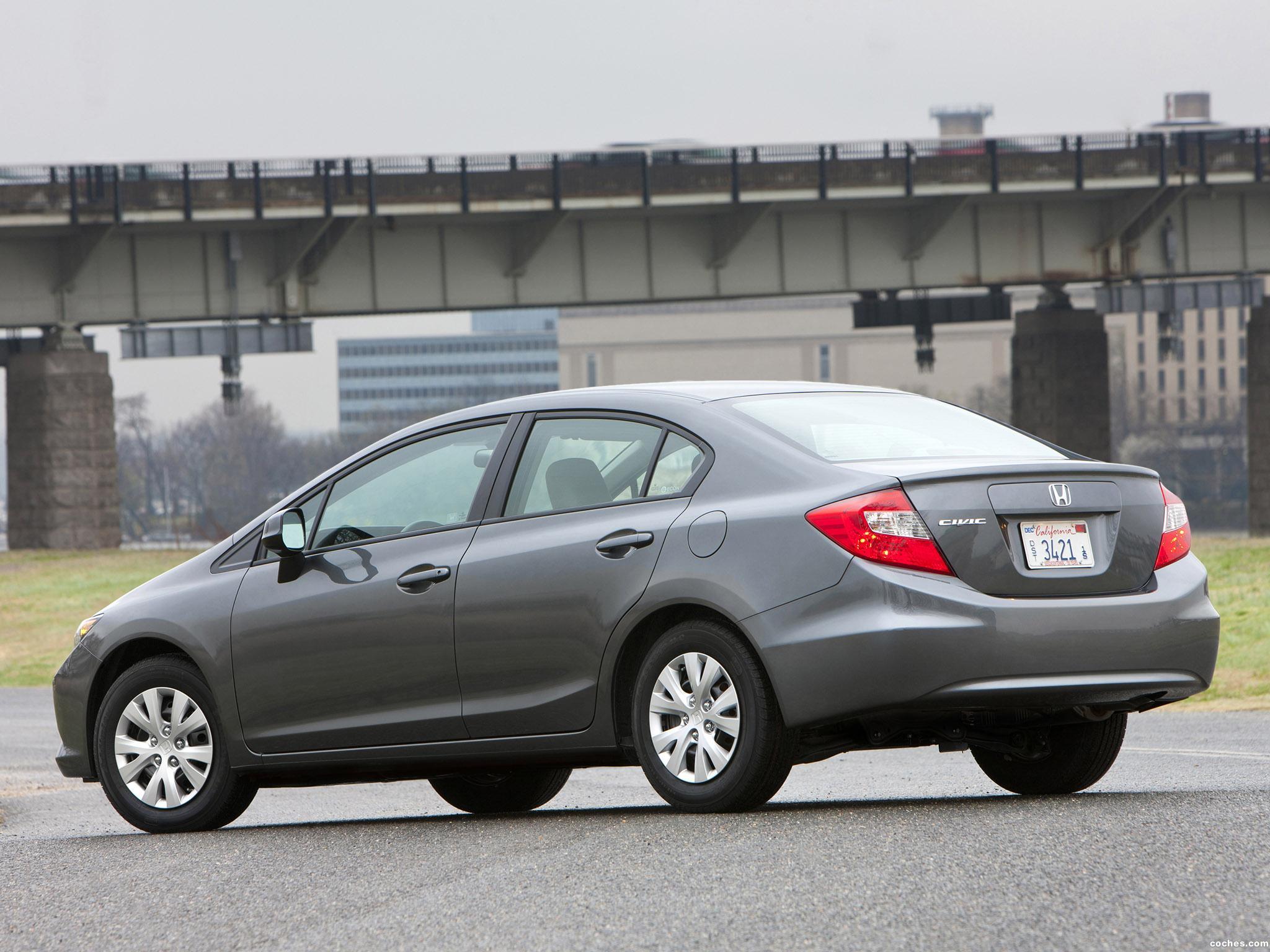 Foto 1 de Honda Civic LX Sedan 2011