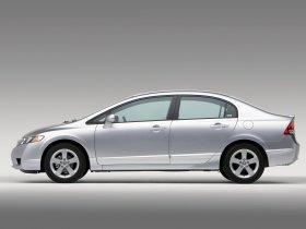 Ver foto 5 de Honda Civic Sedan USA 2008