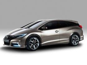 Ver foto 2 de Honda Civic Tourer Concept 2013