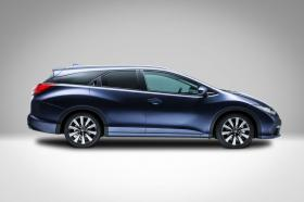 Ver foto 2 de Honda Civic Tourer 2014