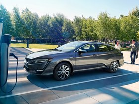 Ver foto 1 de Honda Clarity Electric USA 2017