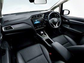 Ver foto 18 de Honda Fit Shuttle Hybrid 2015