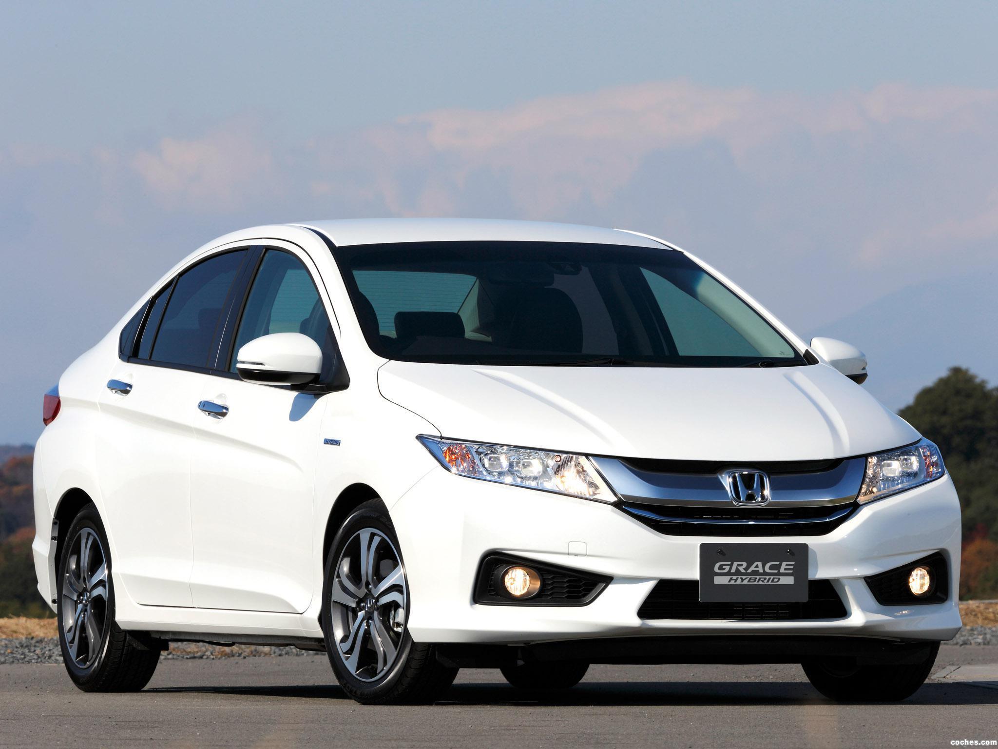Foto 1 de Honda Grace Hybrid 2014