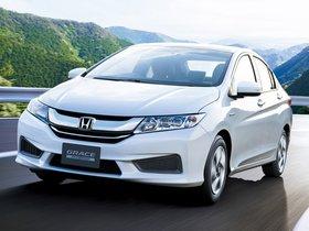 Ver foto 1 de Honda Grace Hybrid 2014