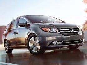Fotos de Honda Odyssey Touring Elite USA 2013