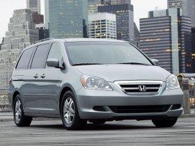 Ver foto 2 de Honda Odyssey USA 2005
